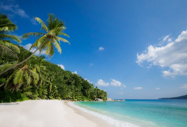 the-luxe-diary-may-luxe-list-takes-you-to-six-senses-seychelles-3