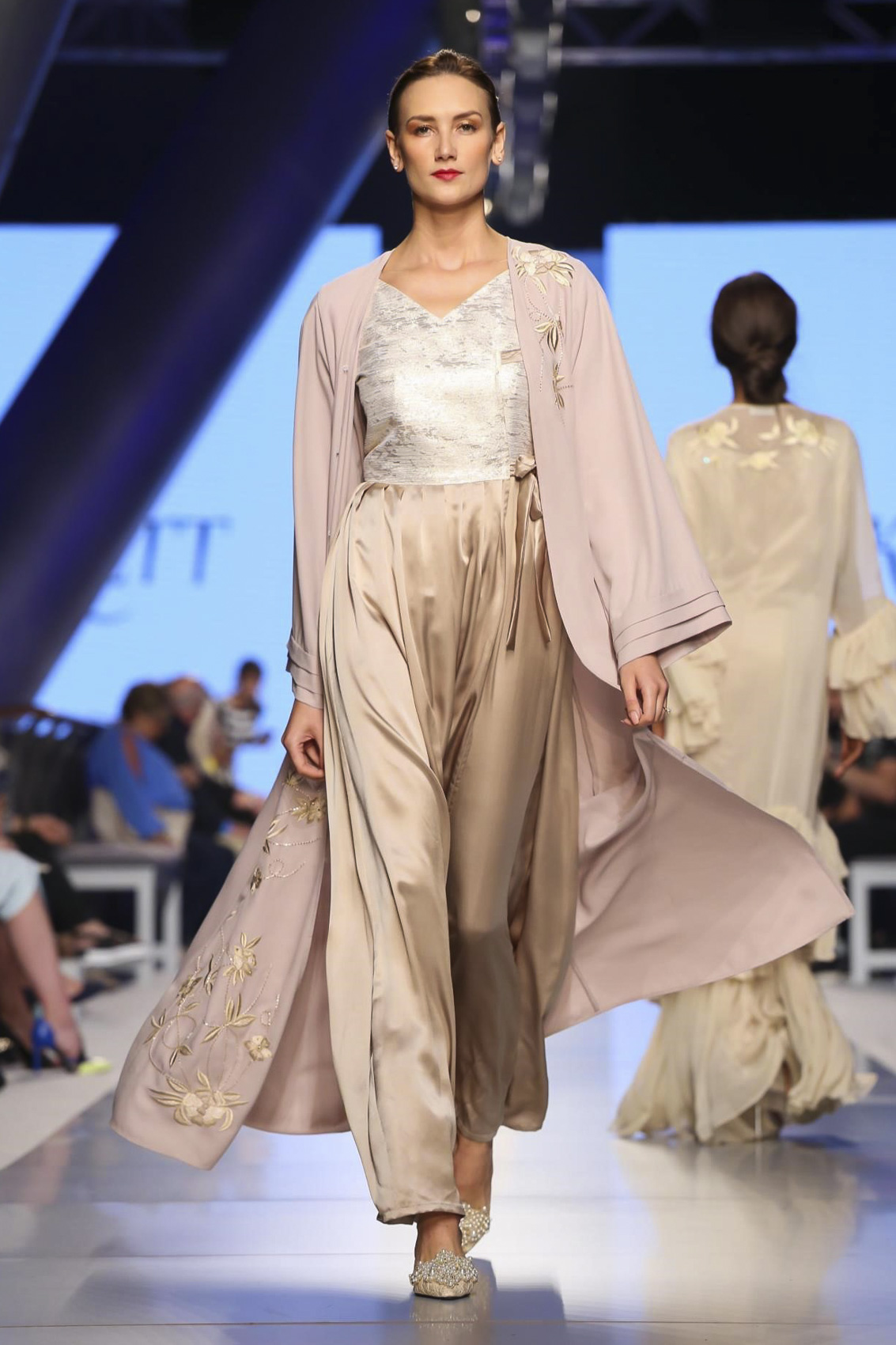 eckett-arab-fashion-week-dubai-the-luxe-diary