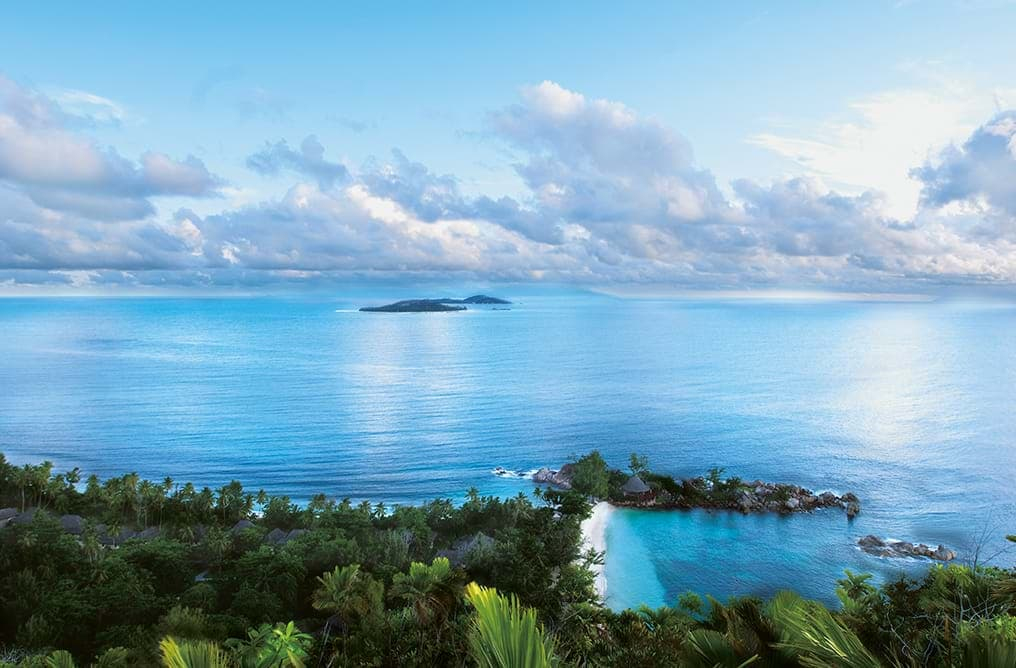 may-luxe-list-constance-lemuria-seychelles-aerial-view