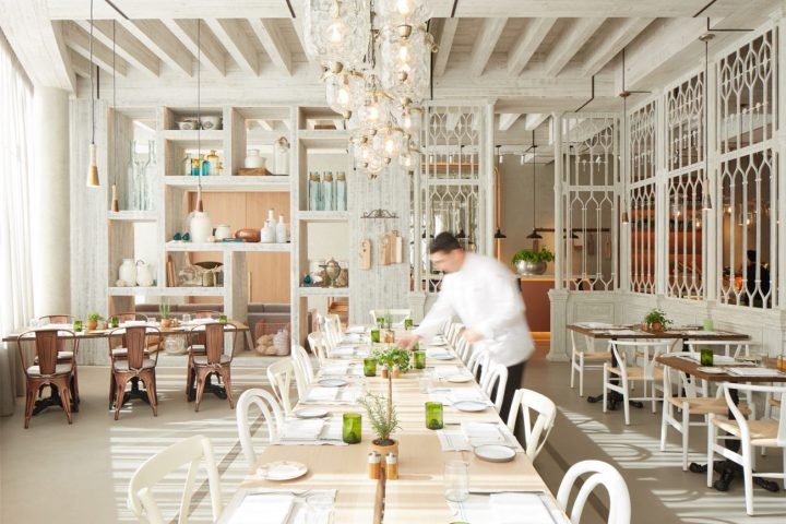 Ostro Dubai launches business lunch menu. Read more in The Luxe Diary