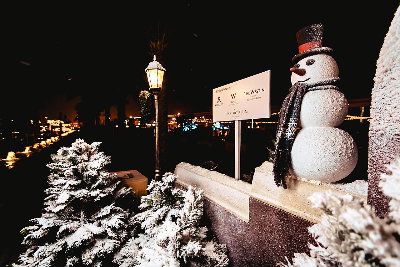 St Regis Luxe Diary Winter Garden Snowman