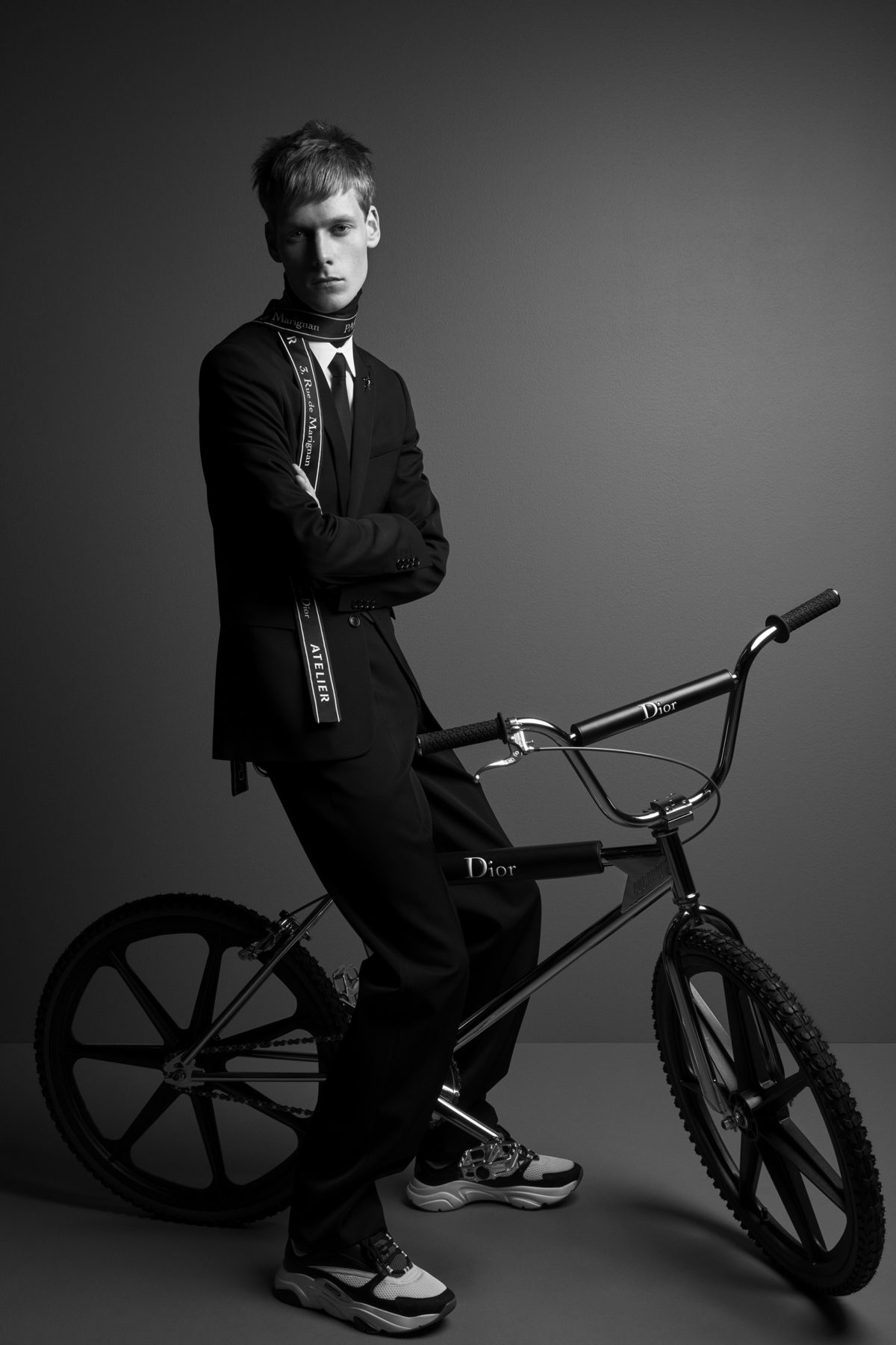 BMX Dior Bike Photo Sneakers Patrick Demarchelier Homme Luxe Diary Sole DXB