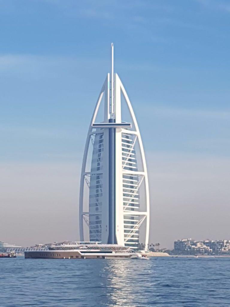 Luxe Diary Mega Yacht Brunch Dubai