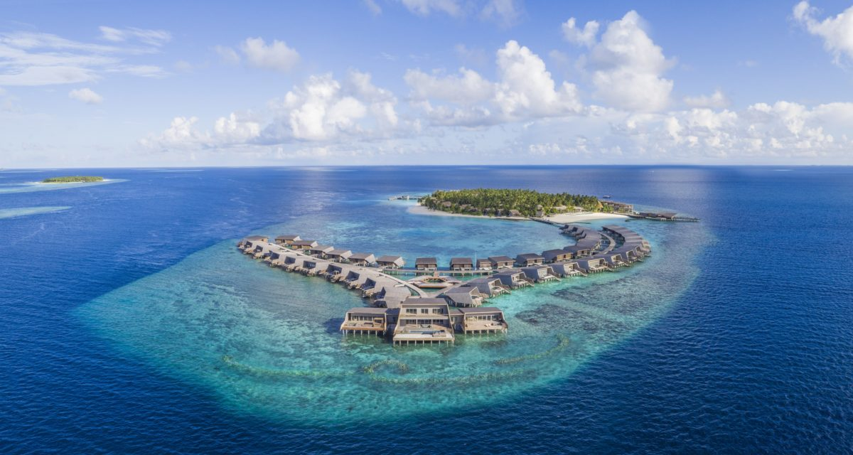 The St. Regis Maldives Vommuli Resort offers the Perfect Eid Escape | The Luxe Diary
