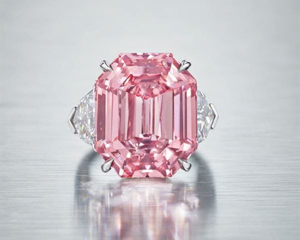 Largest Ever Fancy Vivid Pink Diamond Offered at any Christies Auction | The Luxe Diary